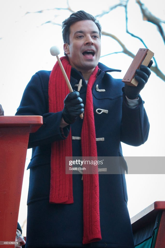 Jimmy Fallon attends the 87th annual Macy's Thanksgiving Day parade on November 28, 2013 in New York City.