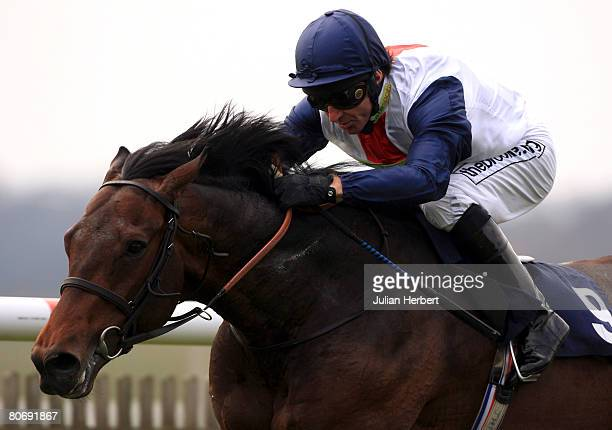 Jimmy Fortune pushes Pampas Cat out for an easy victory in The Federation Of bloodstock Agents Maiden Stakes Race run at Newmarket Racecourse on...