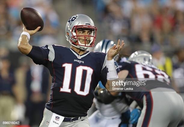 Jimmy Garoppolo of the New England Patriots throws a pass against the Carolina Panthers in the 3rd quarter during their game at Bank of America...