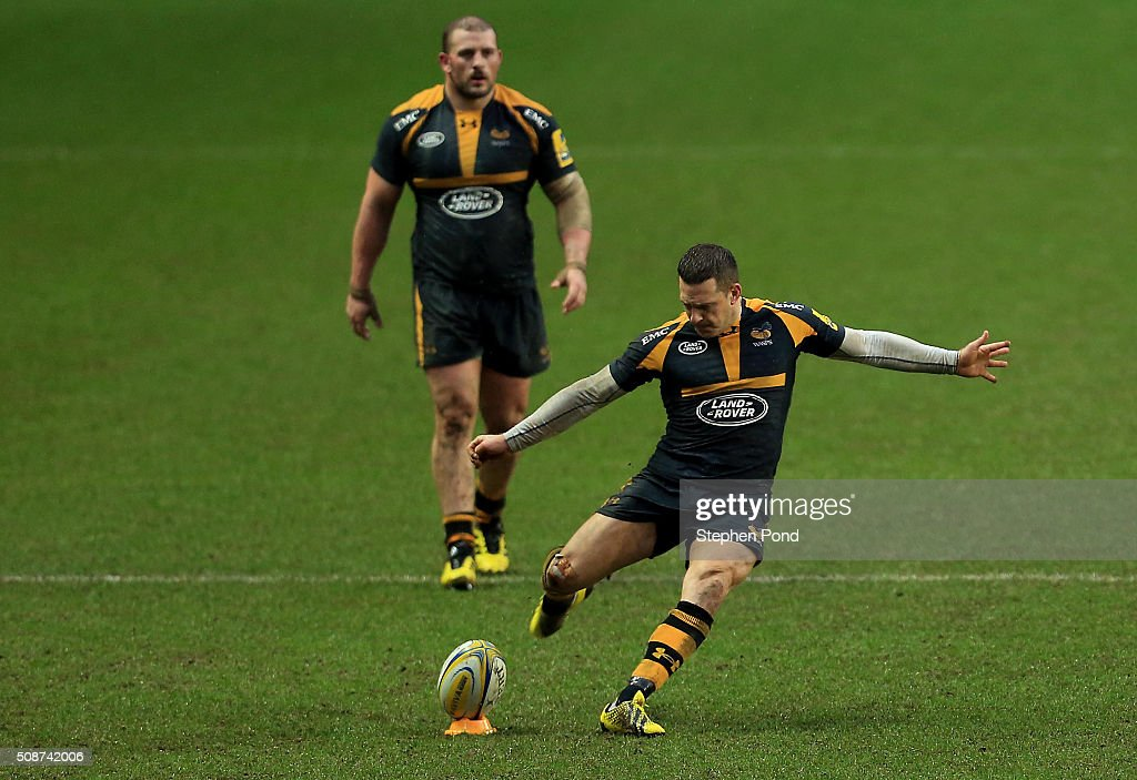 <a gi-track='captionPersonalityLinkClicked' href=/galleries/search?phrase=Jimmy+Gopperth&family=editorial&specificpeople=561375 ng-click='$event.stopPropagation()'>Jimmy Gopperth</a> of Wasps takes a penalty kick during the Aviva Premiership match between Wasps and Newcastle Falcons at the Ricoh Arena on February 6, 2016 in Coventry, England.