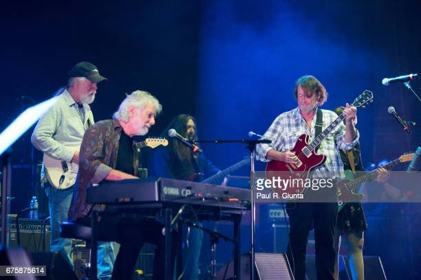 Jimmy Herring Chuck Leavell Dave Schools John Bell and Susan Tedeschi perform on stage during Hampton 70 at The Fox Theatre on May 1 2017 in Atlanta...