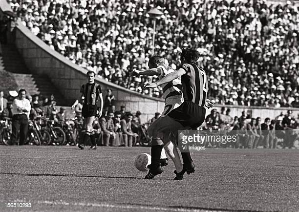 Jimmy Johnstone of Celtic Tarcisio Burgnich of Internazionale during the Europa Cup match between Celtig Glasgow and Inter Milan on May 25 1967 at...