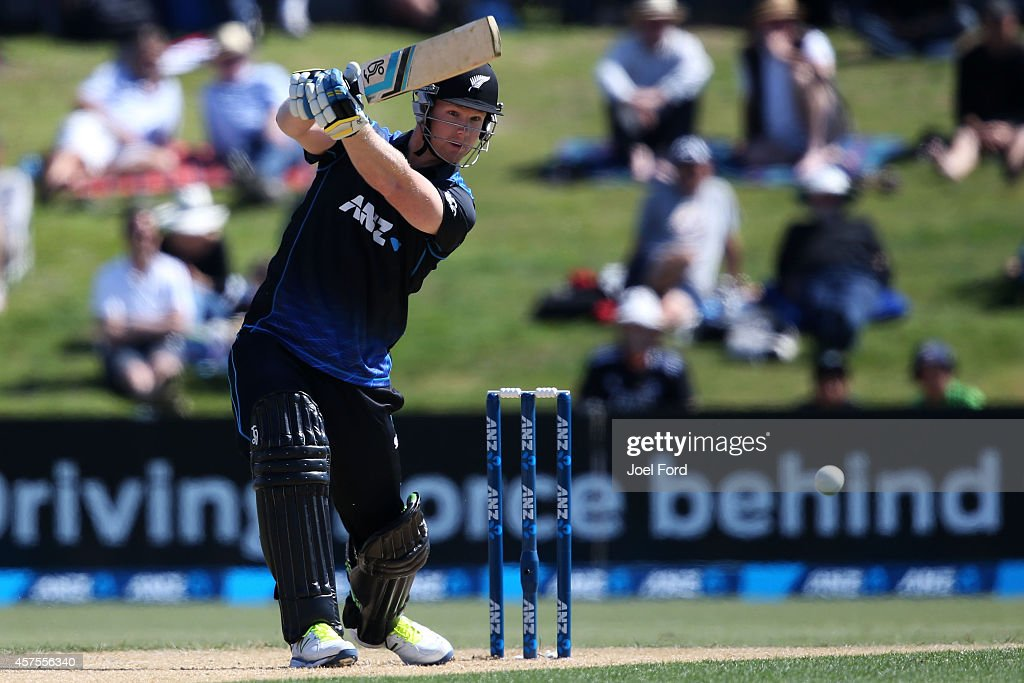 <a gi-track='captionPersonalityLinkClicked' href=/galleries/search?phrase=Jimmy+Neesham&family=editorial&specificpeople=6680337 ng-click='$event.stopPropagation()'>Jimmy Neesham</a> of New Zealand plays a shot during the One Day International match between New Zealand and South Africa at Bay Oval on October 21, 2014 in Mount Maunganui, New Zealand.