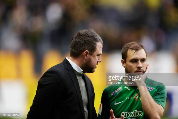 Jimmy Thelin head coach of Jonkopings Sodra and Tom Siwe of Jonkopings Sodra during the Allsvenskan match between AIK and Jonkopings Sodra IF at...