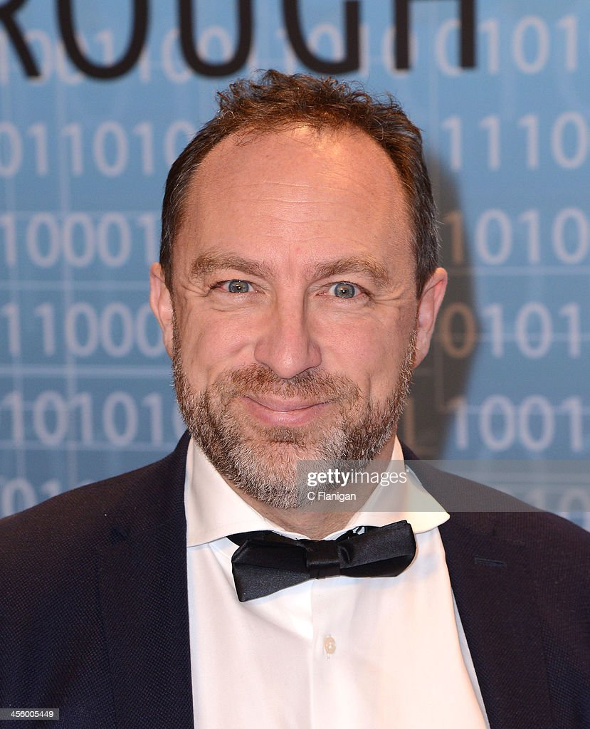 <a gi-track='captionPersonalityLinkClicked' href=/galleries/search?phrase=Jimmy+Wales&family=editorial&specificpeople=836275 ng-click='$event.stopPropagation()'>Jimmy Wales</a> of Wikipedia arrives at the Breakthrough Prize Inaugural Ceremony at NASA Ames Research Center on December 12, 2013 in Mountain View, California.