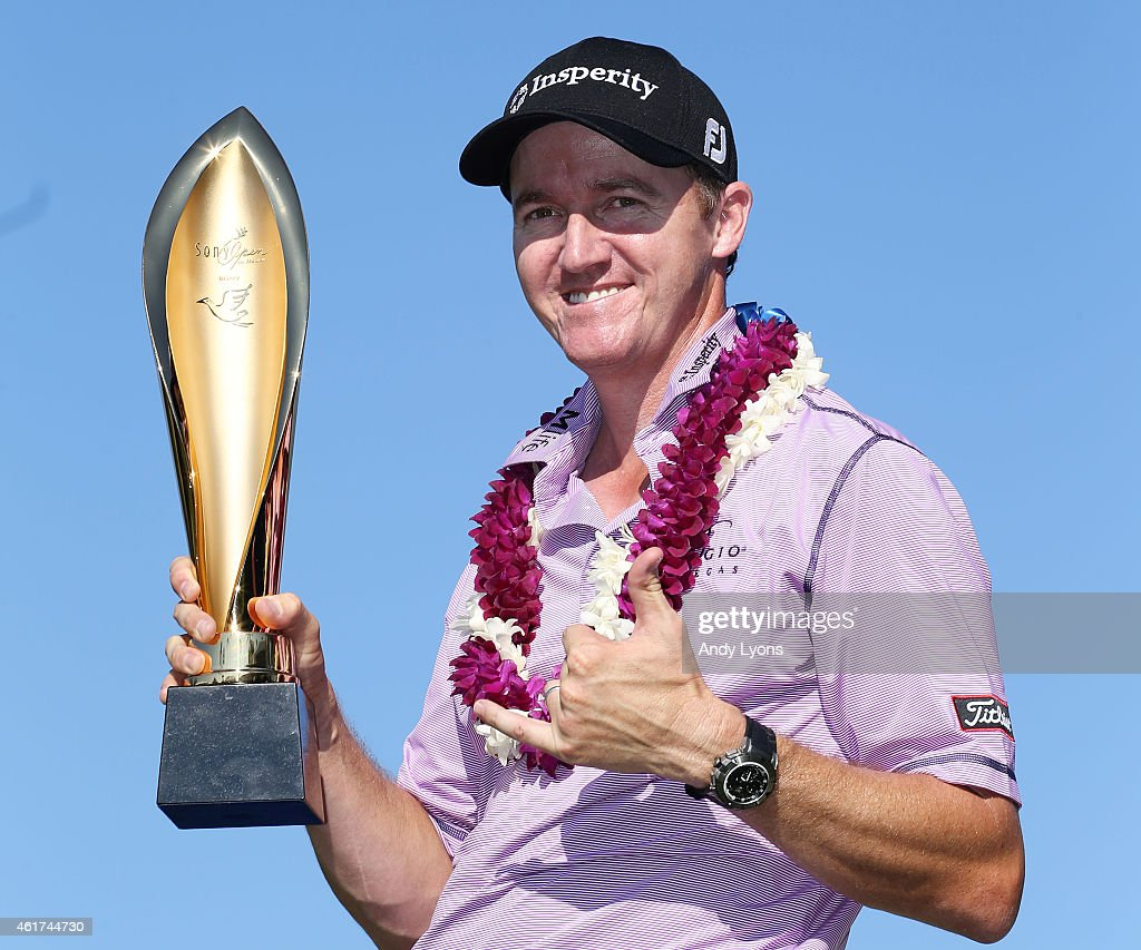 <a gi-track='captionPersonalityLinkClicked' href=/galleries/search?phrase=Jimmy+Walker+-+Golfspieler&family=editorial&specificpeople=11493198 ng-click='$event.stopPropagation()'>Jimmy Walker</a> celebrates with the winner's trophy after the final round of the Sony Open In Hawaii at Waialae Country Club on January 18, 2015 in Honolulu, Hawaii.