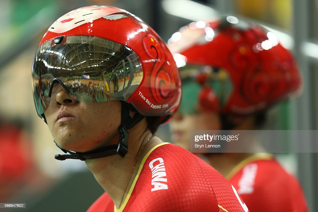 Jinje Gong and Tianshi Zhong of China ride on Day 7 of the Rio 2016 Olympic Games at the Rio Olympic Velodrome on August 12, 2016 in Rio de Janeiro, Brazil.