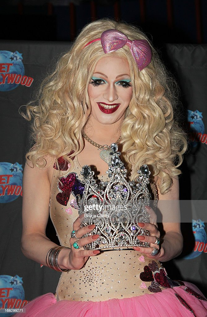 Jinkx Monsoon attends 'America's Next Drag Superstar' of 'RuPaul's Drag Race' Season 5 at Planet Hollywood Times Square on May 7, 2013 in New York City.