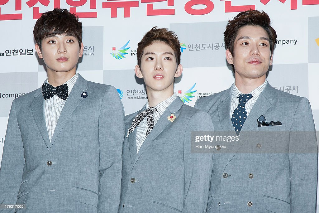 Jinwoon Jo Kwon and Shim Changmin of South Korean boy band 2AM attend the '2013 Incheon Korean Music Wave' Photocall at Incheon Munhak Stadium on...