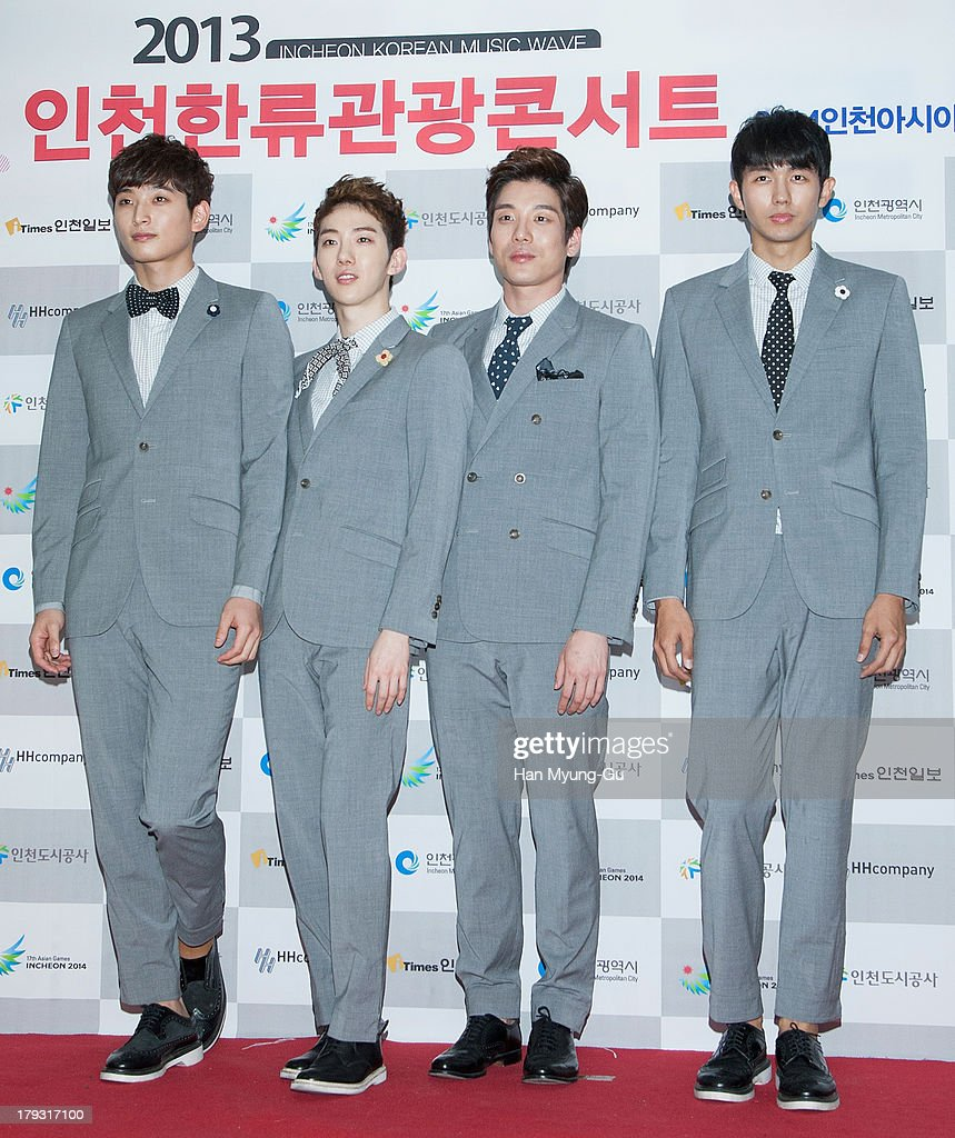 Jinwoon Jo Kwon Shim Changmin and Seulong of South Korean boy band 2AM attend the '2013 Incheon Korean Music Wave' Photocall at Incheon Munhak...