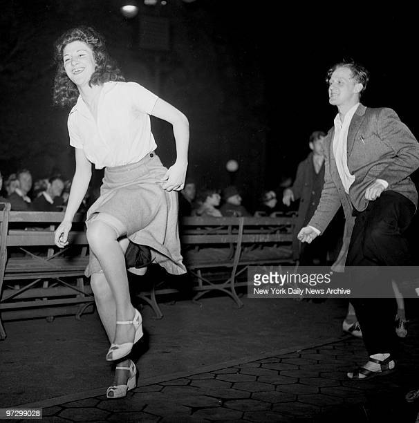 Jitterbug dancing in Central Park