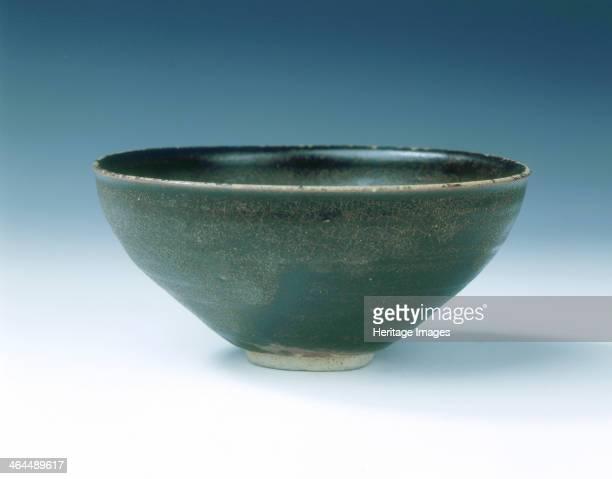 Jizhou stoneware bowl with skeleton leaf design Southern Song dynasty China 12th century A Jizhou tea bowl with slightly everted rim covered inside...