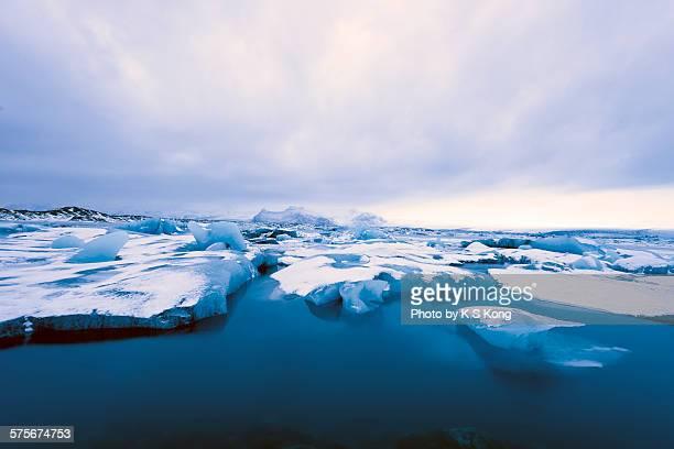 Jökulsárlón glacial river lagoon