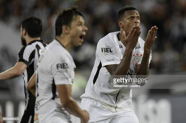 Jo  and Angel Romero of Corinthians yells during the match between Botafogo and Corinthians as part of Brasileirao Series A 2017 at Engenhao Stadium...