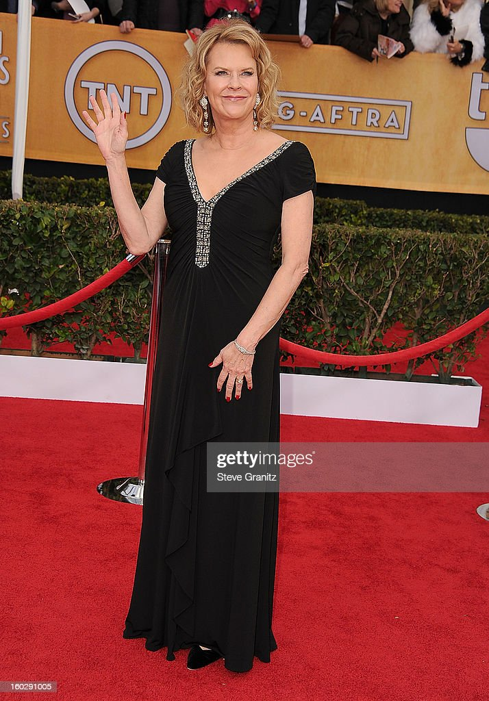 Jo Beth Williams arrives at the 19th Annual Screen Actors Guild Awards at The Shrine Auditorium on January 27, 2013 in Los Angeles, California.