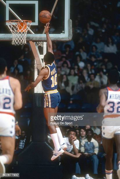 Jo Jo White of the Golden State Warriors goes up for a layup against the Washington Bullets during an NBA basketball game circa 1979 at the Capital...