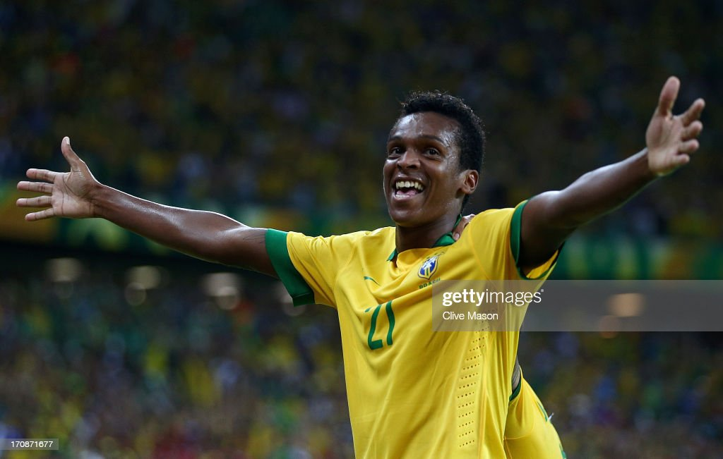 Jo of Brazil celebrates scoring his team's second goal during the FIFA Confederations Cup Brazil 2013 Group A match between Brazil and Mexico at Castelao on June 19, 2013 in Fortaleza, Brazil.