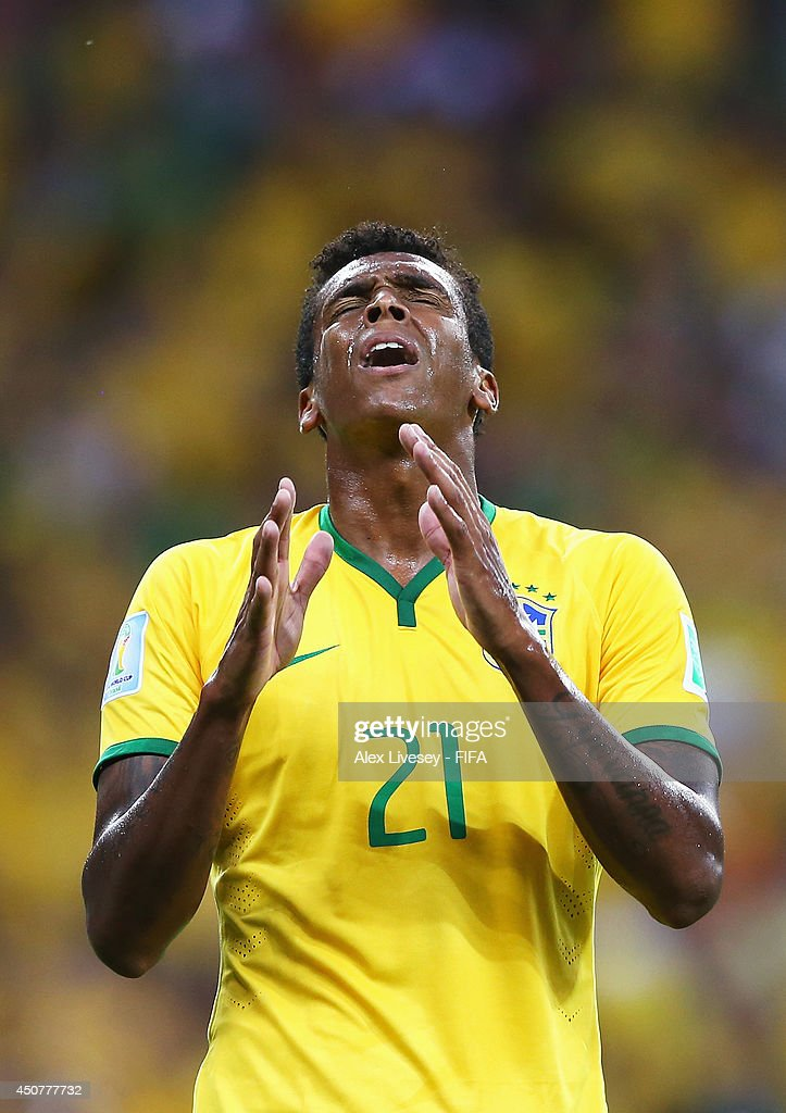 Jo of Brazil reacts during the 2014 FIFA World Cup Brazil Group A match between Brazil and Mexico at Estadio Castelao on June 17, 2014 in Fortaleza, Brazil.