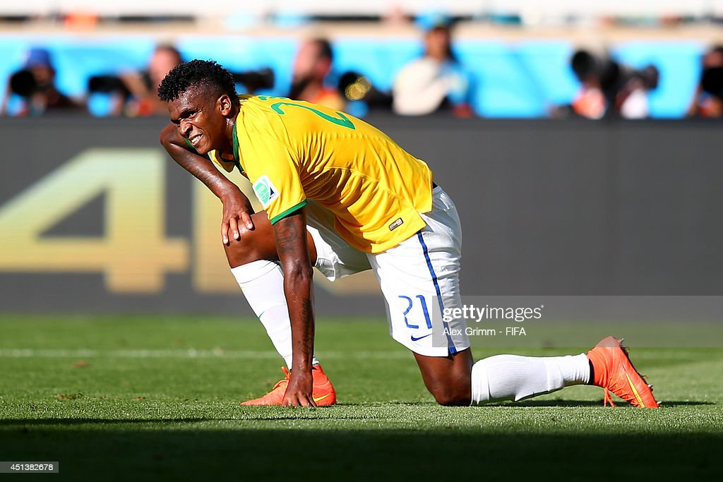 Jo of Brazil reacts during the 2014 FIFA World Cup Brazil Round of 16 match between Brazil and Chile at Estadio Mineirao on June 28, 2014 in Belo Horizonte, Brazil.