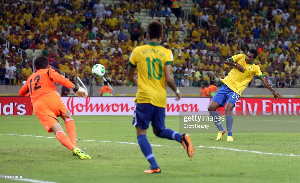 Jo of Brazil scores his team's second goal during the FIFA Confederations Cup Brazil 2013 Group A match between Brazil and Mexico at Castelao on June 19, 2013 in Fortaleza, Brazil.