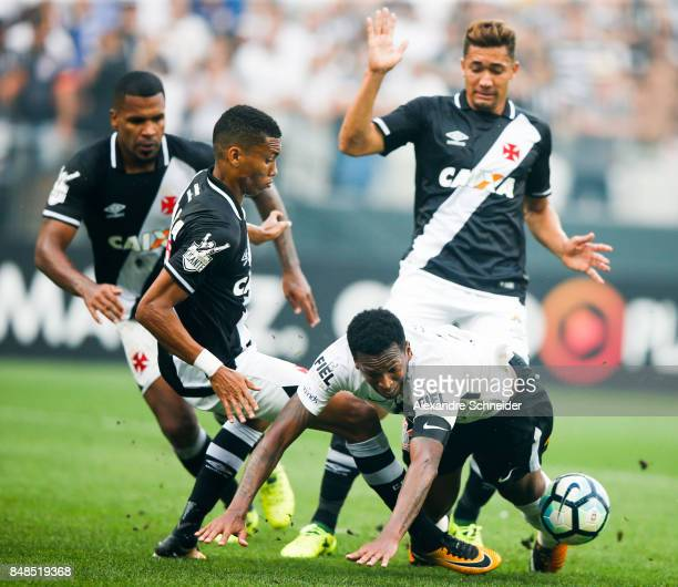 Jo of Corinthians goes to the ground during the match between Corinthians and Vasco da Gama for the Brasileirao Series A 2017 at Arena Corinthians...