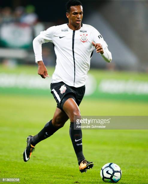 Jo of Corinthians in action during the match between Palmeiras and Corinthians for the Brasileirao Series A 2017 at Allianz Parque Stadium on July 12...