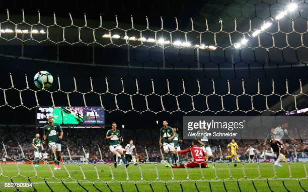 Jo of Corinthians scores their first goal during the match between Corinthians and Chapecoense for the Brasileirao Series A 2017 at Arena Corinthians...