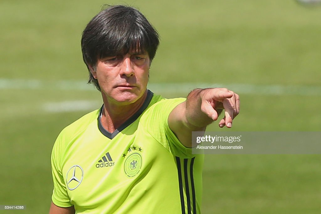 <a gi-track='captionPersonalityLinkClicked' href=/galleries/search?phrase=Joachim+Loew&family=editorial&specificpeople=215315 ng-click='$event.stopPropagation()'>Joachim Loew</a>, head coach of the Germany national team gives instructions during a training session at stadio communale on day 3 of the German national team trainings camp on May 26, 2016 in Ascona, Switzerland.