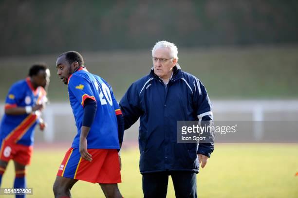 Joachim MUNUNGA / Robert NOUZARET Congo / Gabon Amical ManteslaJolie