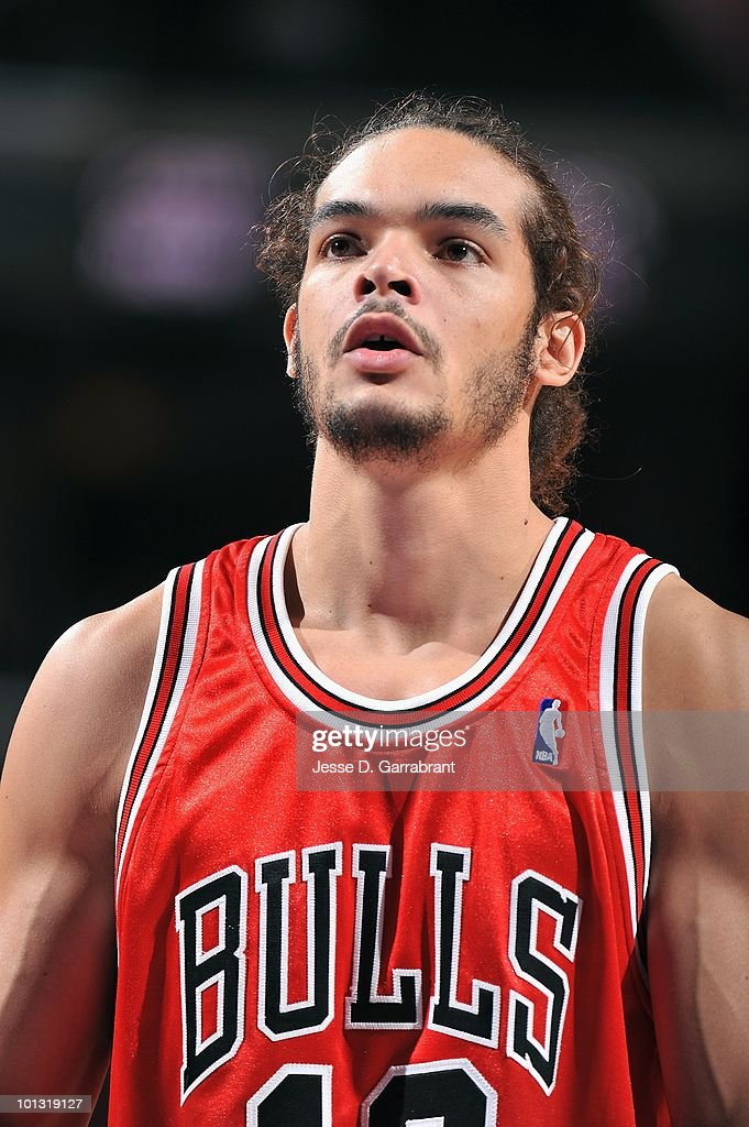 Joakim Noah #13 of the Chicago Bulls prepares to shoot a free throw during the game against the Philadelphia 76ers on March 20, 2010 at the Wachovia Center in Philadelphia, Pennsylvania. The Bulls won 98-84.