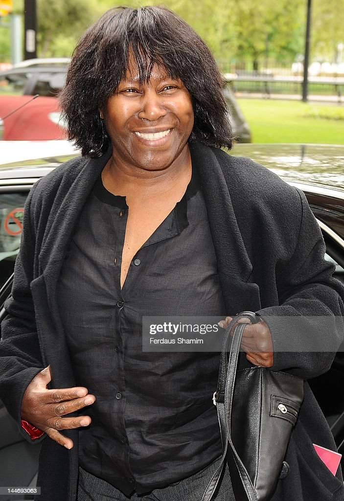 <a gi-track='captionPersonalityLinkClicked' href=/galleries/search?phrase=Joan+Armatrading&family=editorial&specificpeople=1796831 ng-click='$event.stopPropagation()'>Joan Armatrading</a> attends Ivor Novello Awards at Grosvenor House, on May 17, 2012 in London, England.