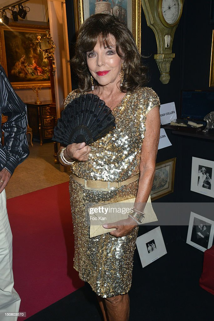 <a gi-track='captionPersonalityLinkClicked' href=/galleries/search?phrase=Joan+Collins&family=editorial&specificpeople=109065 ng-click='$event.stopPropagation()'>Joan Collins</a> attends the 1rst Salon de Prestige d'Arts et d'Antiquites Saint Tropez - Massimo Gargia's Cocktail at the Salle Despas on August 25, 2012 in Saint Tropez, France.