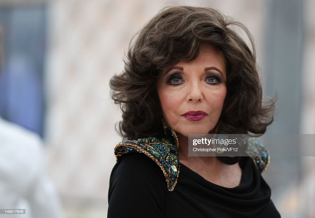 <a gi-track='captionPersonalityLinkClicked' href=/galleries/search?phrase=Joan+Collins&family=editorial&specificpeople=109065 ng-click='$event.stopPropagation()'>Joan Collins</a> attends the 2012 Vanity Fair Oscar Party Hosted By Graydon Carter at Sunset Tower on February 26, 2012 in West Hollywood, California.