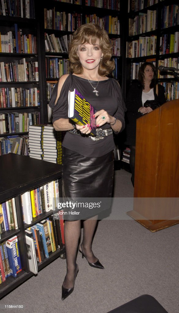 "Joan Collins Signs Her Book ""Misfortune's Daughters"""
