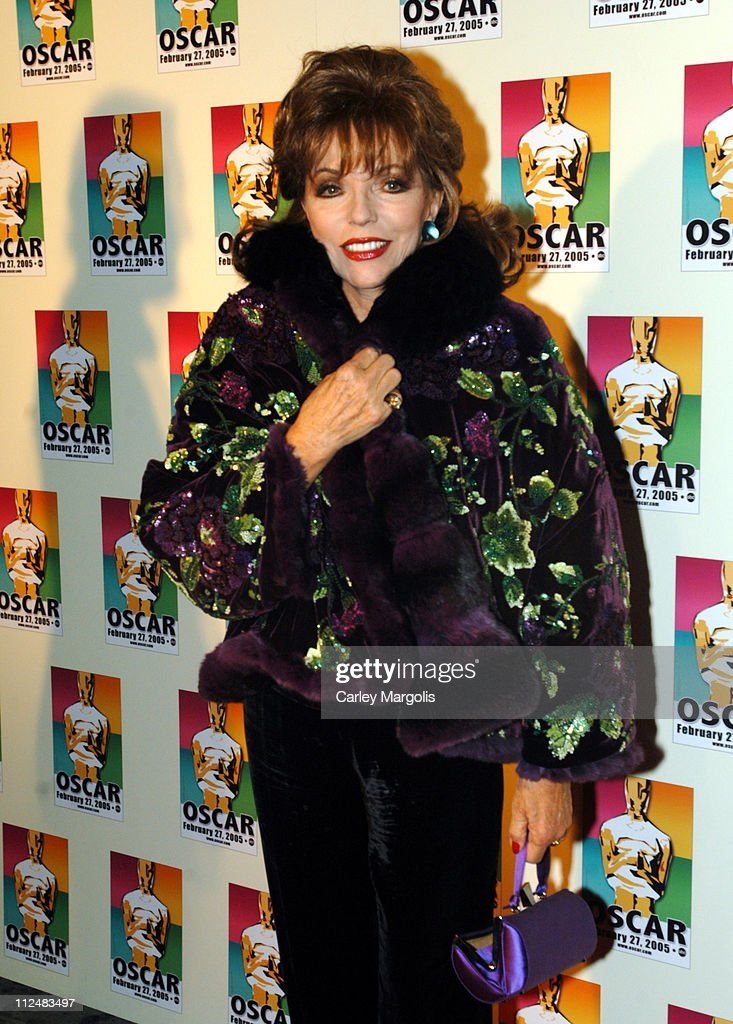 <a gi-track='captionPersonalityLinkClicked' href=/galleries/search?phrase=Joan+Collins&family=editorial&specificpeople=109065 ng-click='$event.stopPropagation()'>Joan Collins</a> during Official 2005 Academy of Motion Picture Arts & Sciences Oscar Night Party at Gabriel's at Gabriel's Restaurant and Bar in New York City, New York, United States.