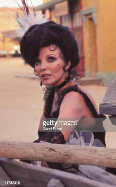 Joan Collins during the filming of 'La llamada del lobo' directed by Gianfranco Baldanello Madrid Spain
