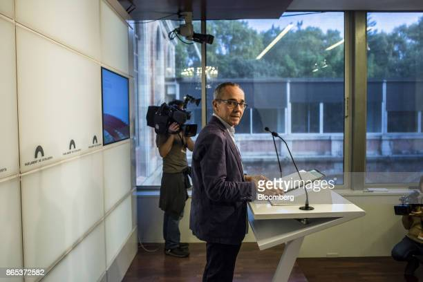 Joan Coscubiela spokesman of Catalunya Si que es Pot looks on during a news conference inside the Generalitat regional government offices in...