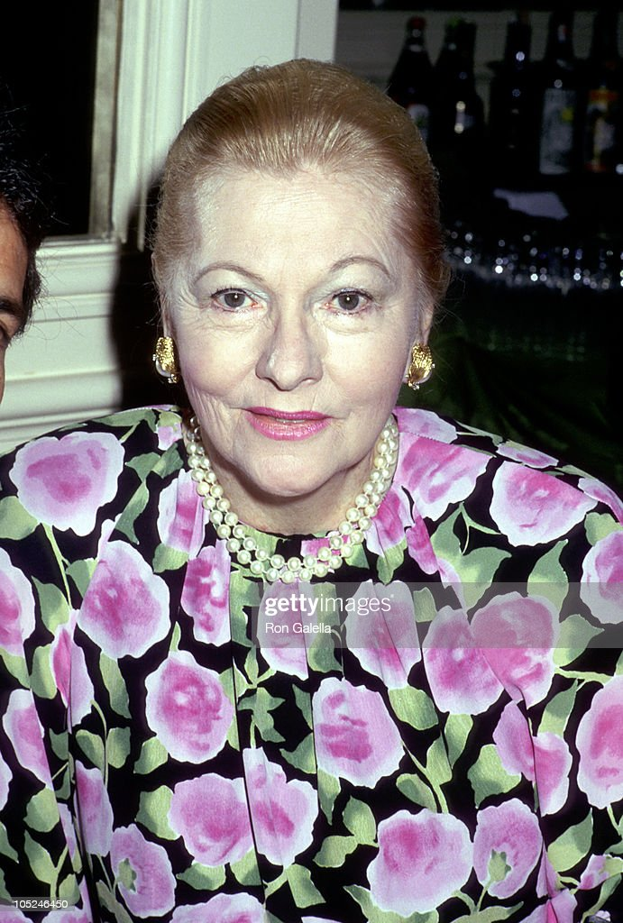 <a gi-track='captionPersonalityLinkClicked' href=/galleries/search?phrase=Joan+Fontaine&family=editorial&specificpeople=206434 ng-click='$event.stopPropagation()'>Joan Fontaine</a> during 48th Golden Apple Awards at Beverly Wilshire Hotel in Beverly Hills, California, United States.