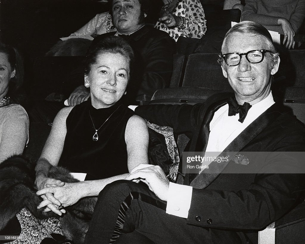 <a gi-track='captionPersonalityLinkClicked' href=/galleries/search?phrase=Joan+Fontaine&family=editorial&specificpeople=206434 ng-click='$event.stopPropagation()'>Joan Fontaine</a> & Husband during Preview of 'Hall of Fame, NY' at Uris Theater in New York City, New York, United States.