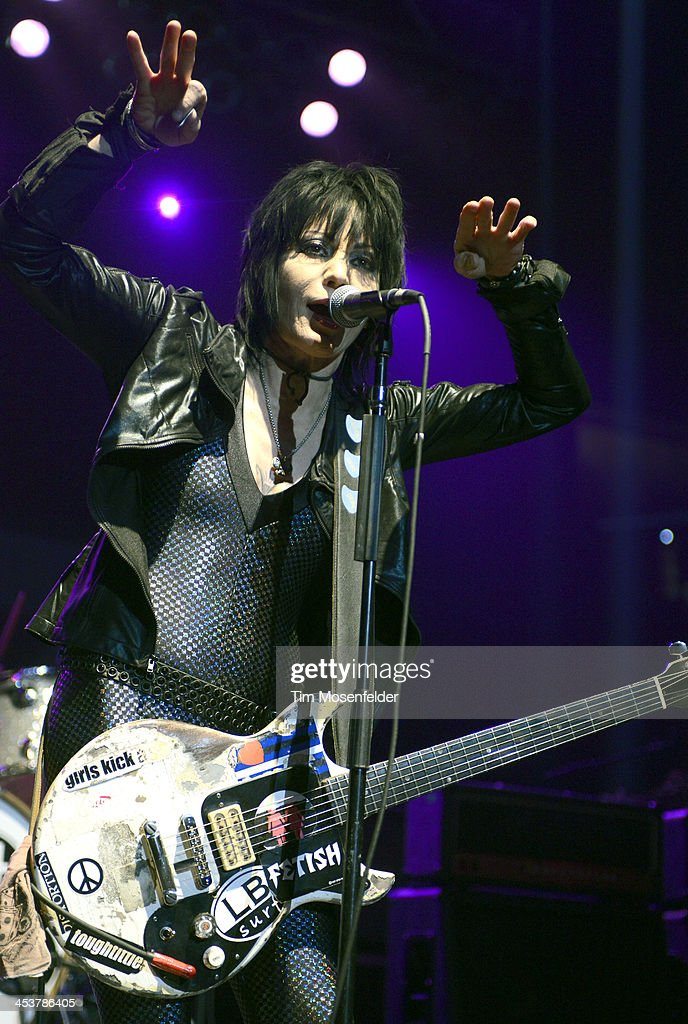 <a gi-track='captionPersonalityLinkClicked' href=/galleries/search?phrase=Joan+Jett&family=editorial&specificpeople=213317 ng-click='$event.stopPropagation()'>Joan Jett</a> of <a gi-track='captionPersonalityLinkClicked' href=/galleries/search?phrase=Joan+Jett&family=editorial&specificpeople=213317 ng-click='$event.stopPropagation()'>Joan Jett</a> and the Blackhearts performs as part of Radio 94.7's Electric Christmas at Sleep Train Arena on December 4, 2013 in Sacramento, California.