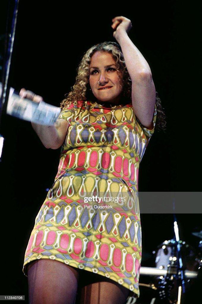 Joan Osborne in Concert at MSG - 1996