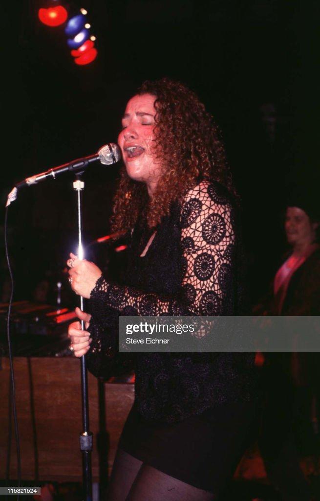 Joan Osborne in Concert at Wetlands - 1991