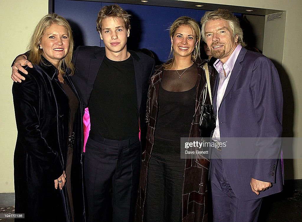 Joan, Sam, Holly And Richard Branson, 'The Hours' Uk Charity Movie Premiere After Party Held At The Bluebird Restaurant In London.