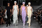 Max Mara - Runway - Milan Fashion Week Spring/Summer...