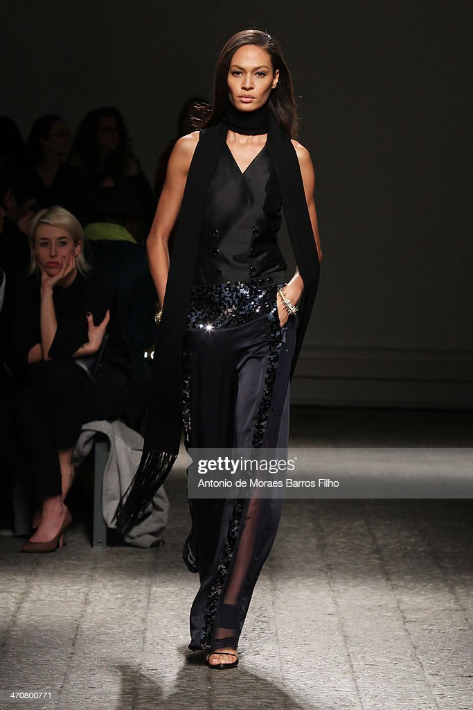 <a gi-track='captionPersonalityLinkClicked' href=/galleries/search?phrase=Joan+Smalls&family=editorial&specificpeople=5714628 ng-click='$event.stopPropagation()'>Joan Smalls</a> walks the runway during the Ports 1961 show as a part of Milan Fashion Week Womenswear Autumn/Winter 2014 on February 20, 2014 in Milan, Italy.