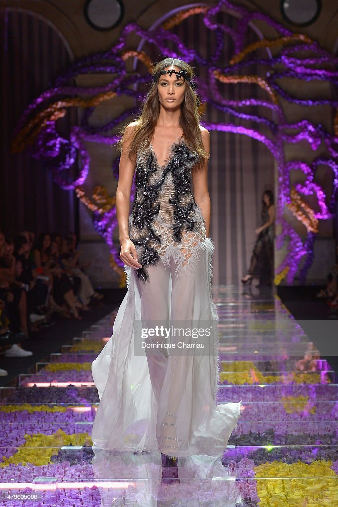 <a gi-track='captionPersonalityLinkClicked' href=/galleries/search?phrase=Joan+Smalls&family=editorial&specificpeople=5714628 ng-click='$event.stopPropagation()'>Joan Smalls</a> walks the runway during the Versace show as part of Paris Fashion Week Haute Couture Fall/Winter 2015/2016 on July 5, 2015 in Paris, France.