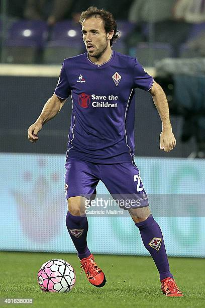 Joan Verdu' of ACF Fiorentina in action during the Serie A match between ACF Fiorentina and Atalanta BC at Stadio Artemio Franchi on October 4 2015...