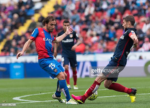 Joan Verdu of Levante UD and Gabi Fernandez of Atletico de Madrid during the Spanish League Match match at Estadio Ciutat de Valencia Valencia on 8th...