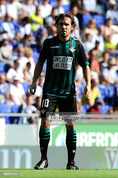 Joan Verdu of Real Betis Balompie looks on during the La Liga match between RCD Espanyol and Real Betis Balompie at CornellaEl Prat Stadium on...