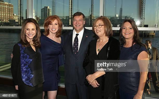 Joanie Mcdonald news anchor Liz Claman Stony Brook President Samuel L Stanley Jr honoree Dr Patricia C Wright and Chairman of the Stony Brook...